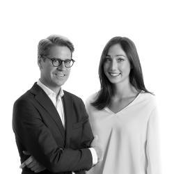 Eric Halverson y Emma Hernanz